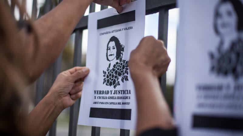¿Qué pasa en Capilla del Monte? Marchas, una pregunta y el pedido de justicia a un año del crimen de Cecilia Basaldúa